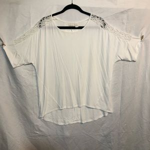 Chico's top size 2 Large